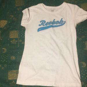 White Reebok t-shirt Size-M
